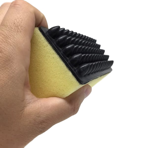 Sponge with Rubber Curry Comb